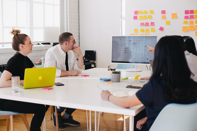 Cuando y por qué dejar de usar Excel para tu Empresa y tener un Software a la medida